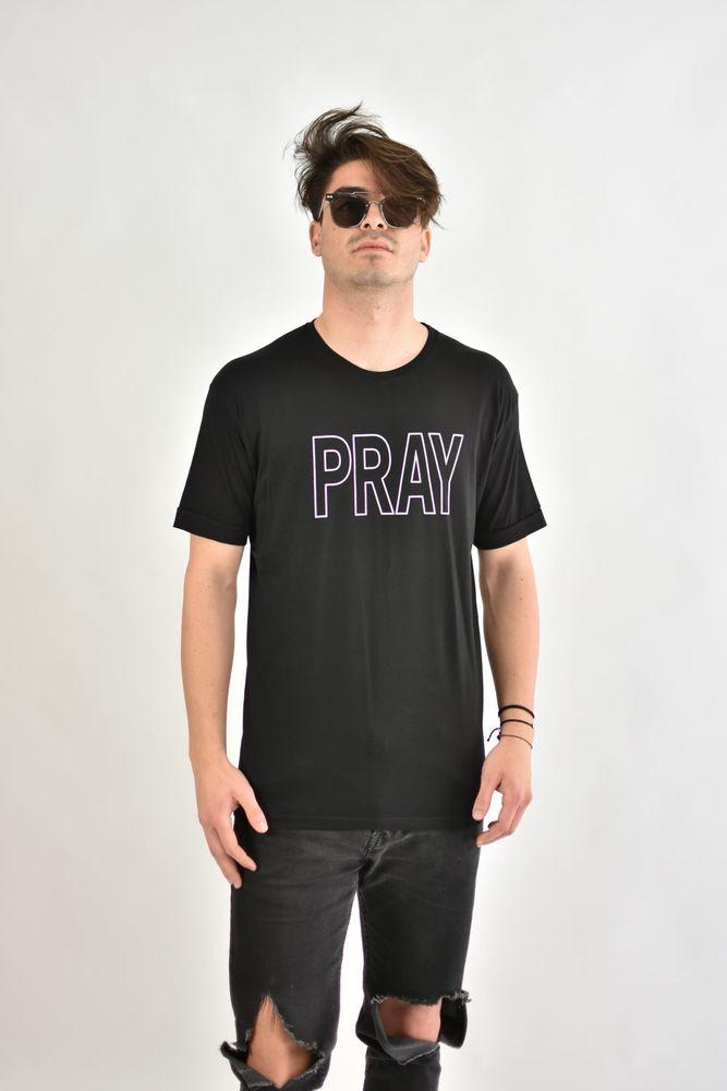 PRAY TEE BLACK